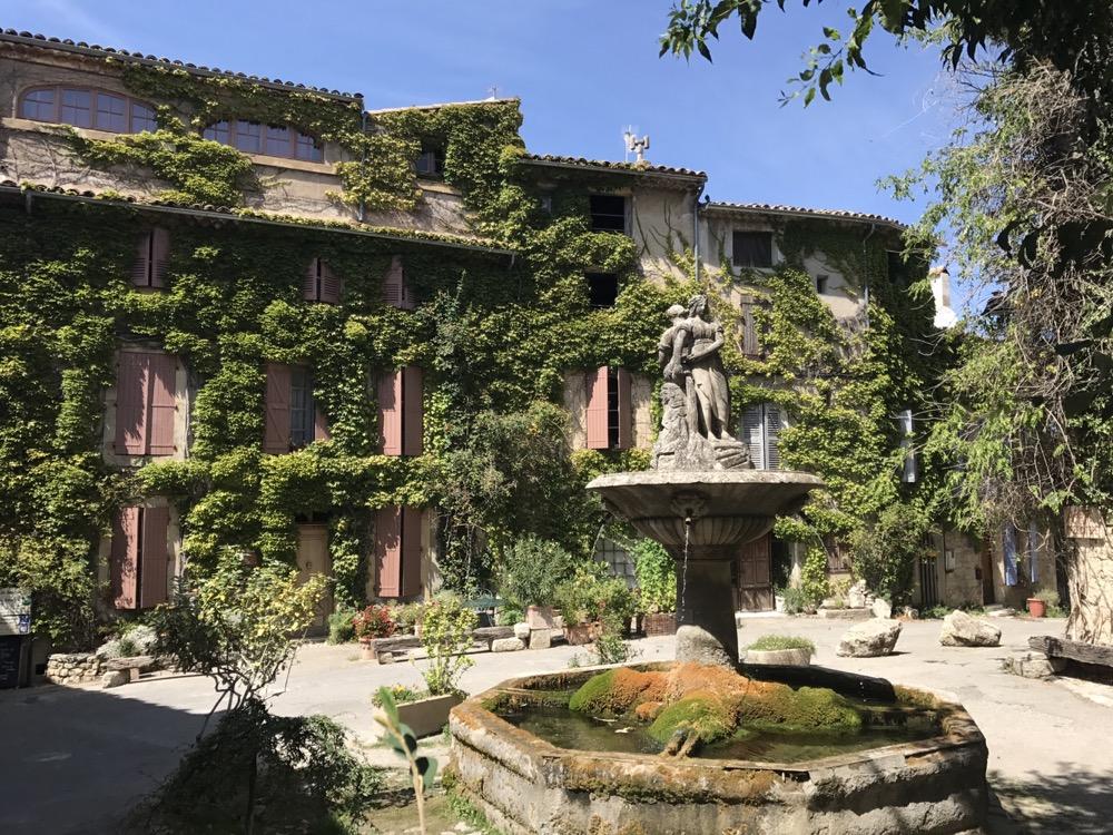 Saignon - a quaint village! - Accommodation in Provence Quaint Village