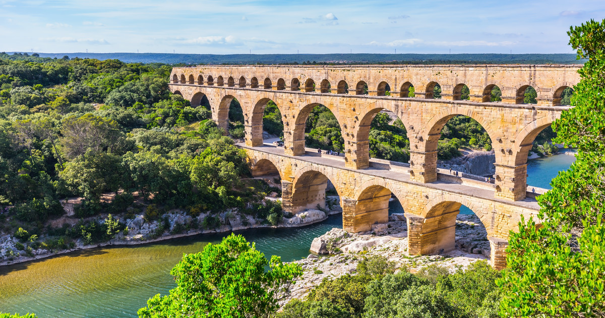 Kết quả hình ảnh cho Pont du Gard bridge